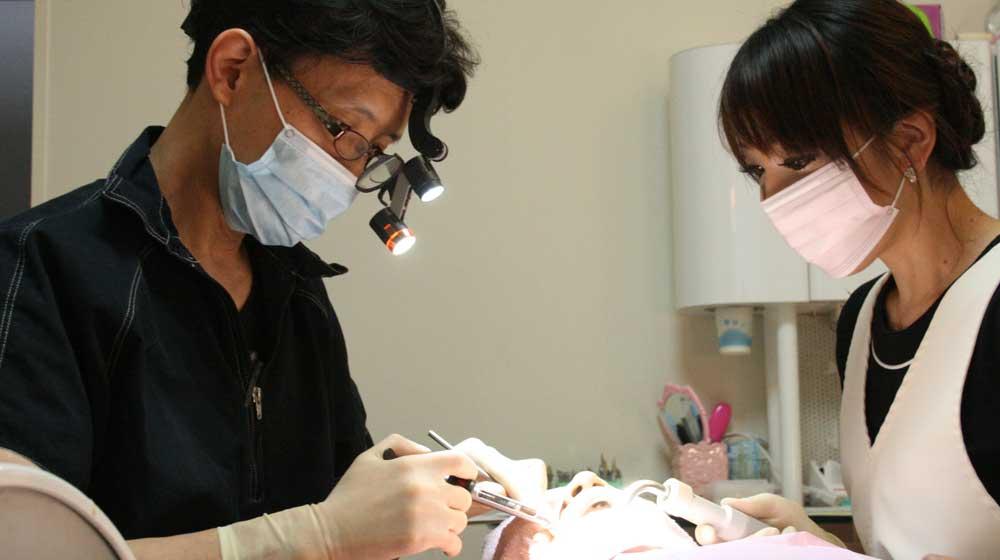 歯科医師 求人案内